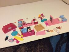 Lot Hello Kitty & Barbie Mega BLOKS Blocks Furniture Plate Roof Minifigures Beds