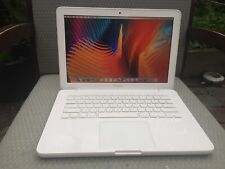 Apple MacBook 2.4 GHz Core 2 Duo 120GB SSD 2GB RAM 13-inch Mid 2010 - White