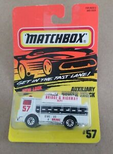 Matchbox 1995 White No.57 Mack Auxiliary Power Truck NEW IN PACKAGE READ