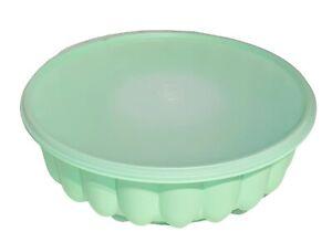 Tupperware Mint Green Jello Gelatin Mold W/Lid 1201-2 1202-2 & 1203-10 Clean