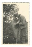 Foto, Soldat in Uniform, Mütze, junge Frau