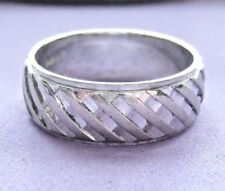 LQQK Solid 10k White GOLD Unique Weaved design Wedding Band 7mm wide sz 8