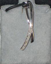 10KT White Gold Diamond Ribbon Pendant