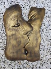 THE KISS Modern art lover part faces bronzed plaster wall hanging decor plaque