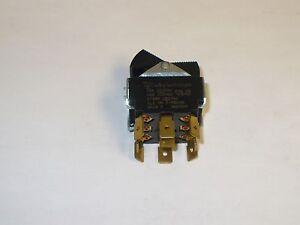 1 pc. Carling TIHL5B-1C-BL-FN 3PDT Momentary Switch, 250 VAC, 3/4HP, New