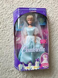 Disney Classics 1991 Cinderella Doll Mattel 1624