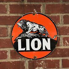 Porcelain Sign Lion Motor Oils gasoline gas pump plate marker - reproduction