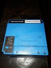 Honeywell RM7895 C 1012 Burner Control Complete System