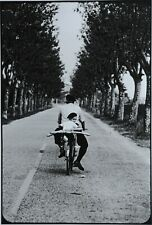 Elliott Erwitt Photo Kunstdruck Art Print 38x53 Provence France 1955 Kid Bicycle