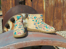 New Womens UGG Classic Mini Graffiti Claw Sand/Apricot US 7 EUR 38 UK 5.5 Boots