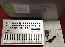 Korg Minilogue 37key Polyphonic Analog Synthesizer w/Adapter Box[Good condition]