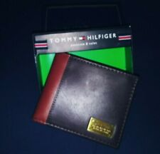Tommy Hilfiger Men's Leather PASSCASE Billfold w/ Removable Card Holder* NEW
