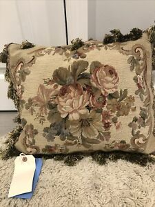 woolen aubusson pillow 16 x 20