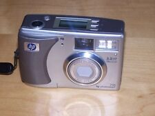 HP PhotoSmart 735 3.2 MP Digital Camera - Silver