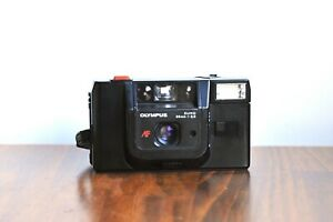 OLYMPUS TRIP AF 35mm Point and Shoot           * Good User/Read!! *