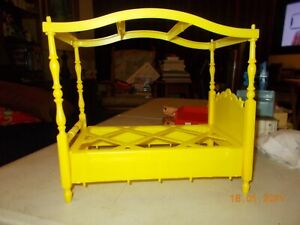 Vintage Barbie Canopy Bed 1960's Yellow hard Plastic