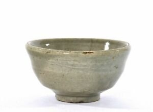 Joseon Dynasty Korean Korea Pottery Celadon Tea Bowl Cup
