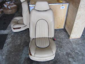 Bentley Arnage 99 RH / Passenger Seat w/ Rails / Guides - Creme
