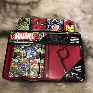 NWT Marvel Comics Men's Trifold Wallet & Key Fob Gift Set - Super Heroes!