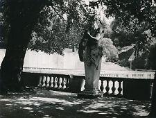 NÎMES c.1940 - Statue Jardins de la Fontaine  Gard - DIV 8746