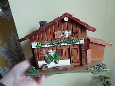 VINTAGE SWISS CHALET WOODEN JEWELLERY BOX ,THEME FROM LOVE STORY JAPAN valentine