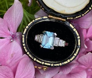 Art Deco Aquamarine and DIamond Platinum Ring 0.30ct + 1.50ct Aquamarine