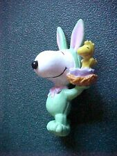 Miniature Peanuts Snoopy in Green Easter Outfit & Woodstock Figurine