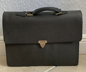 Louis Vuitton Vintage Mens Taiga Briefcase