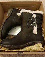 UGG  Australia 'Akadia' Boots Shoes Black,  Size 8