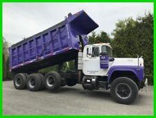 1987 Mack R-Model Tri-Axle Dump Truck Mack Diesel Air Gate  Bed Vibrator