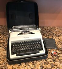 VINTAGE WESTERN GERMANY OLYMPIA DELUXE SM9 GRAY WORKING TYPEWRITER W/ CASE