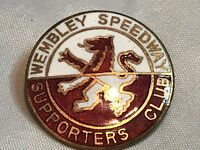 RARE PRE WAR LARGE WEMBLEY MOTORCYCLE SPEEDWAY SUPPORTERS CLUB ENAMEL BADGE