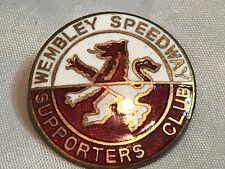 RARE LARGE WEMBLEY MOTORCYCLE SPEEDWAY SUPPORTERS CLUB ENAMEL BADGE