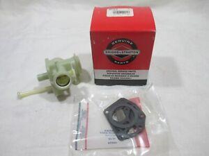Briggs & Stratton OEM 697415 replacement carburetor