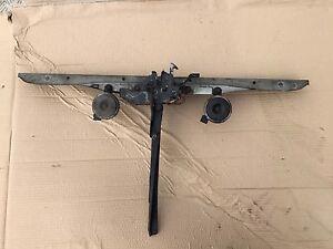 99-2004 LEXUS IS200 IS300 FRONT SLAM PANEL T piece BONNET CATCH LOCK HORNS