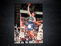 1993-94 UPPER DECK BASKETBALL CHRISTIAN LAETTNER #141 MINNESOTA TIMBERWOLVES NBA