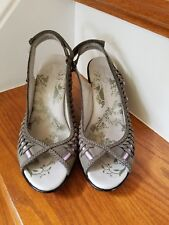 "JAMBU ""Sonya"" Metro Design Grey Leather Shoes Heels Size 6 M - 3.5"" Heel"