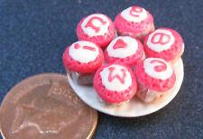 1:12 SCALA 7 assortiti Cup Cakes su una piastra Casa delle Bambole Accessorio in miniatura CC3