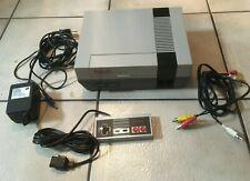 Nintendo NES inkl. 1 Controller und Anschlusskabel sehr guter Zustand