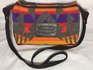 Pendleton Southwestern Aztec Wool Shoulder Bag Travel Kit Handbag