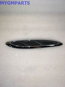 BUICK ENCLAVE CHROME DRIVERS SIDE HOOD VENT 2013-2017 NEW OEM GM 23142431