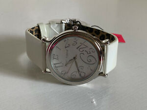NEW BETSEY JOHNSON SILVER-TONE DIAL WHITE LEATHER BRACELET WATCH BJ2189 $85 SALE