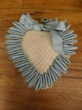 Pretty Vintage Crocheted Lace Ribbon Heart Sewing Pin Pillow Cushion 8 x 7.5 x 2