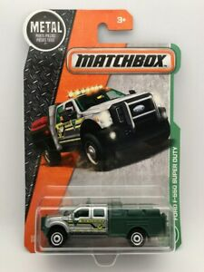 Matchbox Metal Ford F-550 Super Duty Silver/Green DVL26-4B10 125/125 NEW
