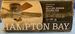 HAMPTON BAY Hawkins 44in Bronze Ceiling Fan with Light/SLIGHT DENT in CANOPY