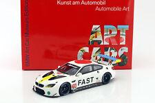 BMW M6 GTLM #19 Art Car John Baldessari mit Vitrine 1:18 Kyosho
