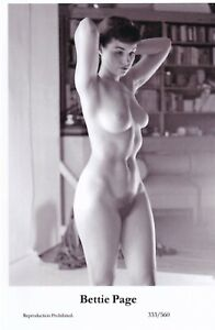 BETTIE  PAGE - hollywood MOVIE star PIN-UP/CHEESECAKE modern 2000 postcard