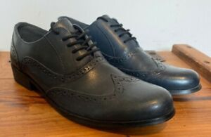 WORN ONCE WOMANS CLARKS BLUE LEATHER BROGUES SHOES UK 7.5 7 1/2