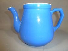 Ancienne théière en céramique bleue art pop french antique pottery