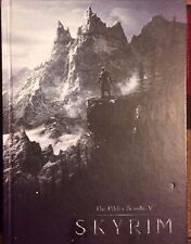 THE ELDER SCROLLS V SKYRIM COLLECTOR'S SECOND EDITION STRATEGY GUIDE + POSTER